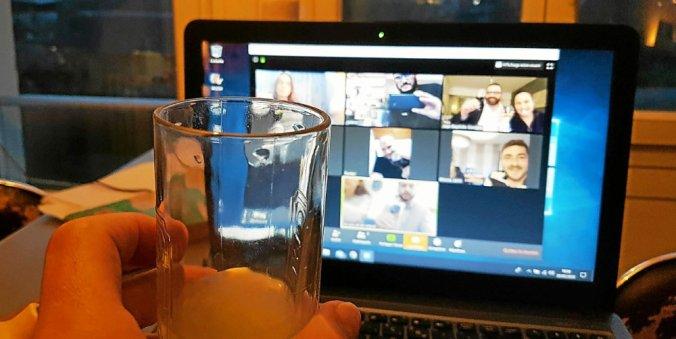 C'est ta webcam qu'est floue ou j'y vois déjà pas net ?