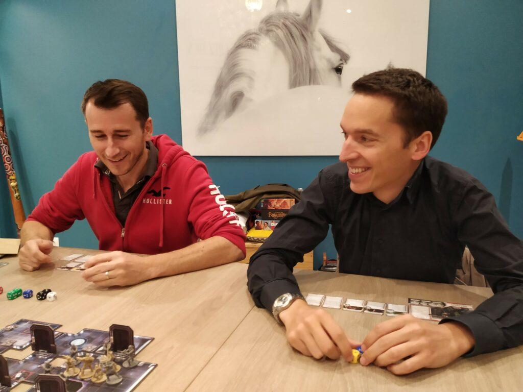 Guiyom et Dooophy avec le smile depuis le début de la partie
